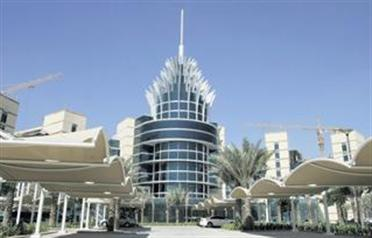 silicon oasis to house hitachi 39 s mena office emirates 24 7. Black Bedroom Furniture Sets. Home Design Ideas