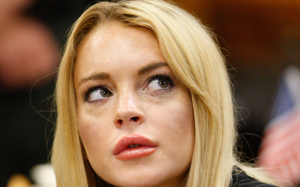 Lindsay Lohan appears in a courtroom for a probation revocation hearing in Beverly Hills, Calif. (AP)