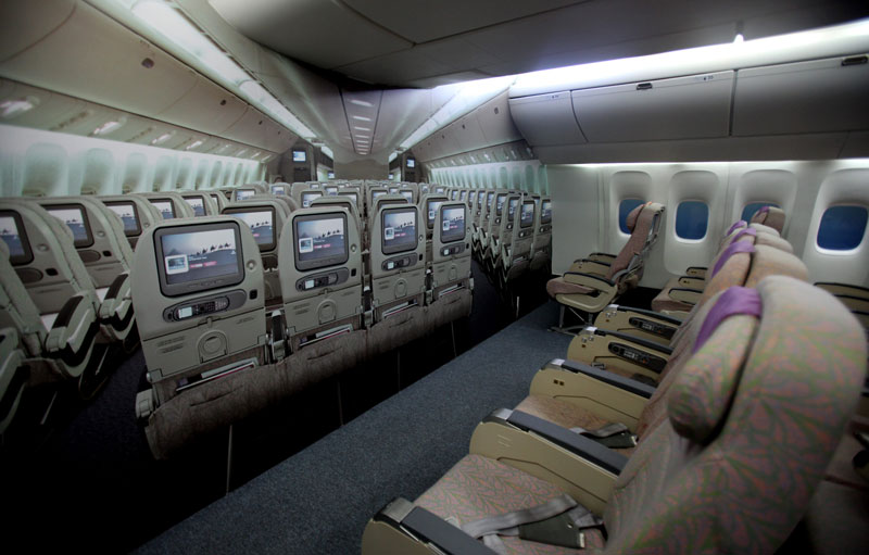 Want A Front Row Seat In Flight Pay Extra Emirates 24 7