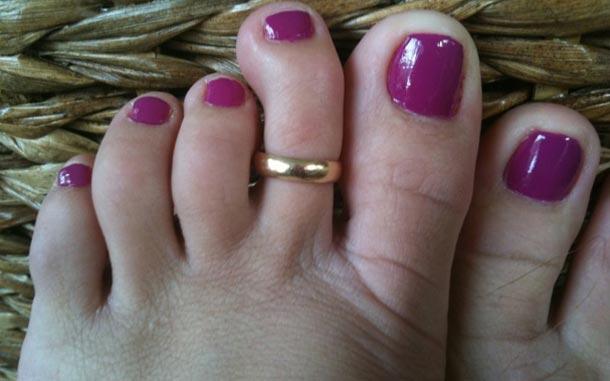 Old woman feet pics