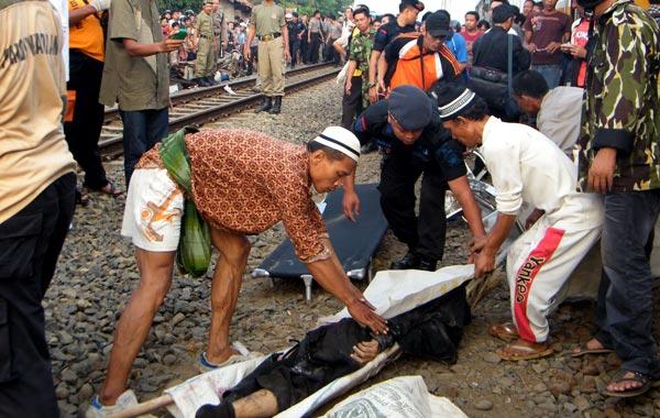 Pin Aaliyah Body After Crash on Pinterest