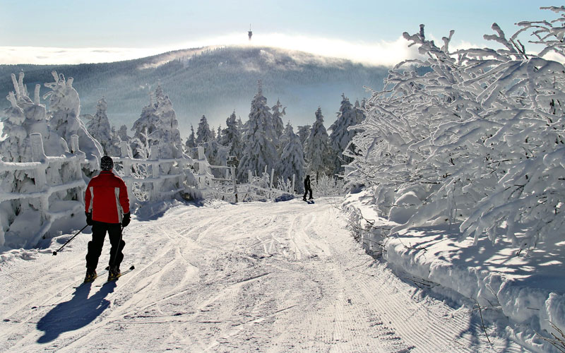 A man makes his way down the slopes in the eastern German town of Fichtelberg on December 4, 2010 as many parts of the country are experiencing cold weather with snowfall.  (AFP)