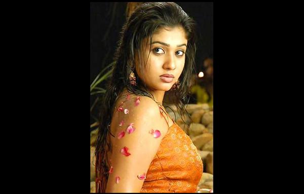 Hottest Actresses Of Malayalam Cinema - Emirates 24