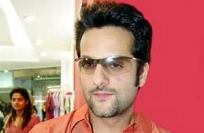 Fardeen Khan's sister killed in car crash - Emirates 24|7