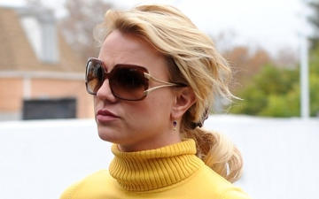 Photo: Britney Spears felt like 'ugly ducking' at school