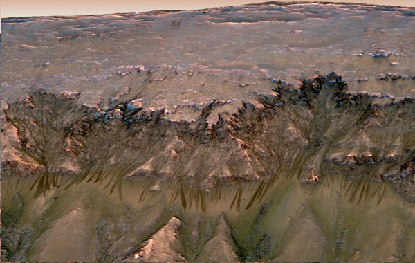 Nasa finds first evidence of flowing water on Mars ...
