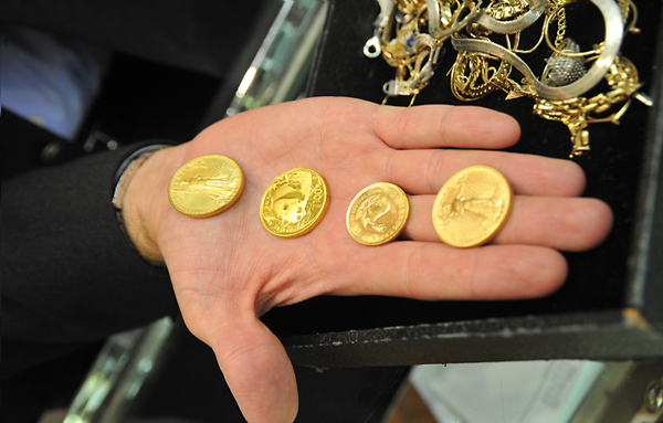 Gold Coins Bars In Short Supply In Dubai Emirates 24 7
