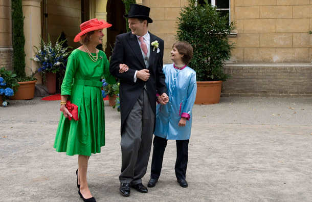 Ferdinand Prince of Prussia, center, arrives with his mother, Duchess Donata von Oldenburg, left, and with his sister Comelie-Cecile Princess of Prussia prior to his wedding with Princess Sophie of Isenburg in the church in Potsdam, Saturday Aug. 27, 2011. (AP)