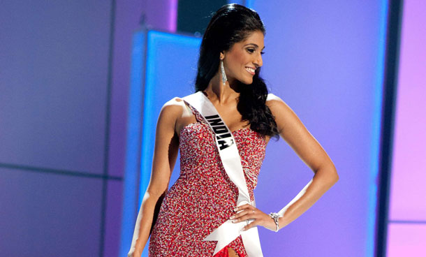 Miss India 2011, Vasuki Sunkavalli competes in her choice evening gown during the 2011 Miss Universe Presentation Show on September 8, 2011 at the Credicard Hall in Sao Paulo, Brazil. (AFP)