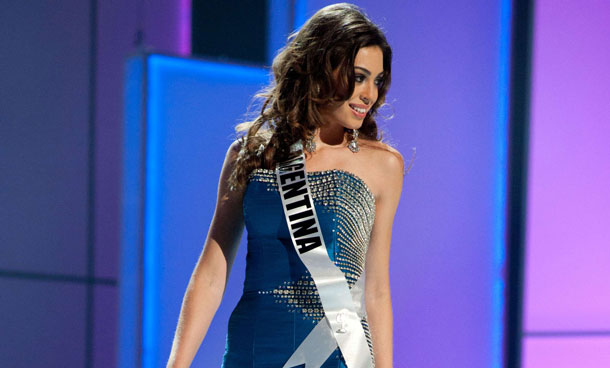 Miss Argentina 2011, Natalia Rodriguez competes in her choice evening gown during the 2011 Miss Universe Presentation Show on September 8, 2011 at the Credicard Hall in Sao Paulo, Brazil. (AFP)