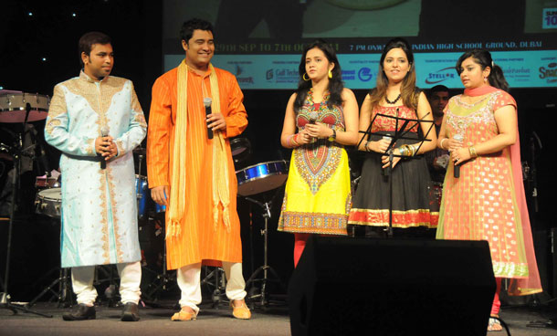 Sa Re Ga Ma Pa singers enthrall the Indian expats in the UAE at the Zee Navratri Utsav held in The Indian High School, Dubai. (SUPPLIED)