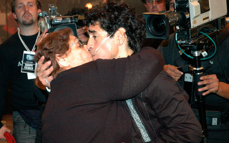Maradona leaves Dubai to attend mother's funeral - Sports ...