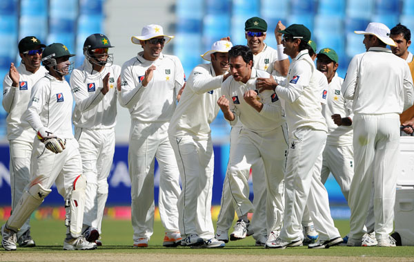 Saeed Ajmal of Pakistan celebrates dismissing Kevin Pietersen of England during the first Test match between Pakistan and England at The Dubai International Cricket Stadium on January 17, 2012 in Dubai, United Arab Emirates. (GETTY IMAGES)