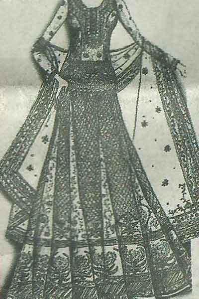 Sketch of Genelia's dress designed by Ritu Kumar. (bollywoodshaadis.com)