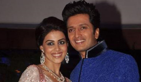 Riteish Deshmukh and Genelia D'Souza posing for a photograph. (SUPPLIED)