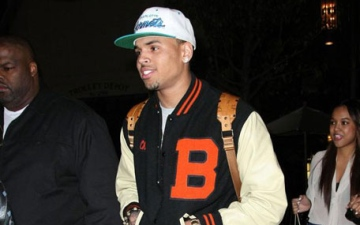 Photo: Chris Brown banned from buying monkeys