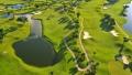 الصورة: Primary school makes golf compulsory