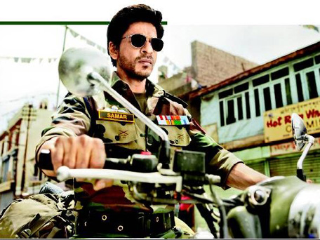Actor Shah Rukh Khan during a shot of his movie. (Pic: Twitter)