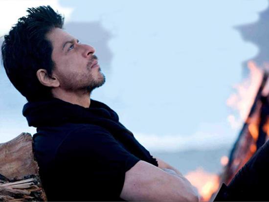 Actor Shah Rukh Khan sporting a beard for his next film 'Jab Tak Hai Jaan'. (Pic: Twitter)