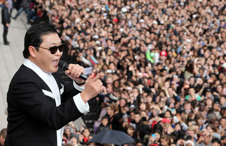 """Psy performs """"Gangnam Style"""" (AFP)"""