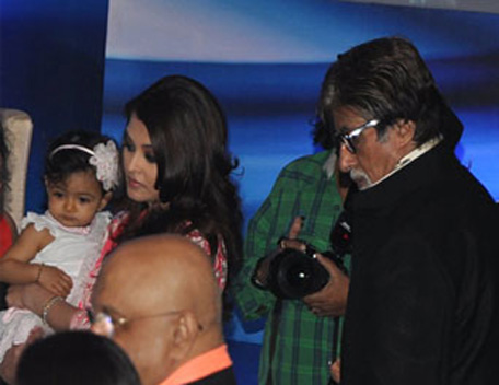 Bollywood actress Aishwarya Rai Bachchan with her daughter Aaradhya and father-in-law Amitabh Bachchan as she was conferred with the French civilian award, Officer Dan Ordre Arts et des Lettres in Mumbai on November 1. (Sanskriti and Media)