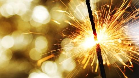 الصورة: Abu Dhabi Police warns against dangers of fireworks