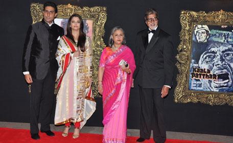 Bollywood's Bachchans at the Jab Tak Hai Jaan red carpet: (L to R) Abhishek Bachchan, Aishwarya Rai, Jaya Bachchan and Amitabh Bachchan. (Sanskriti Media & Entertainment)