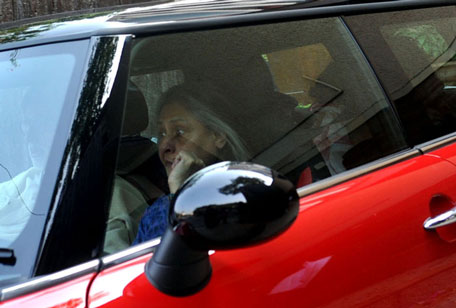 Chauffeur grandfather Amitabh Bachchan, grandmother Jaya Bachchan rides in the front, Aaradhya in the backseat with mother Aishwarya. (AFP)