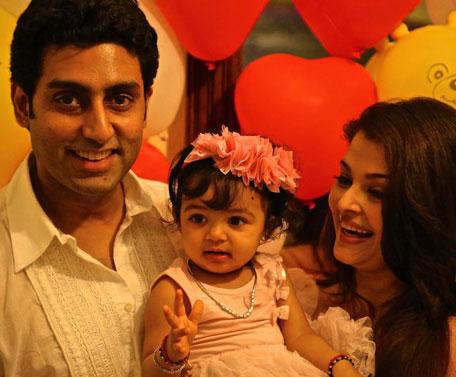Bollywood actor Abhishek Bachchan and wife Aishwarya Rai Bachchan with their one year old daughter Aaradhya Bachchan.  (Facebook: Amitabh Bachchan)