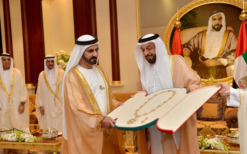 Sheikh Khalifa honours Sheikh Mohammed (Wam)