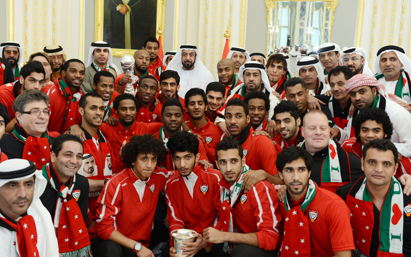 The President His Highness Sheikh Khalifa with the UAE team (Wam)