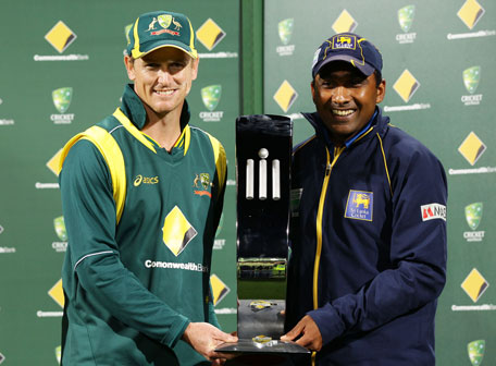 Australian captain George Bailey (left) and Sri Lankan captain Mahela Jayawardene hold the Commonwealth Bank trophy as joint winners due to the tied series after game five of the one-day international series at Blundstone Arena on January 23, 2013 in Hobart, Australia. (GETTY)
