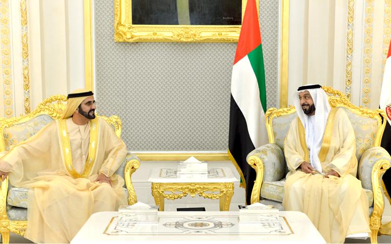 His Highness Sheikh Khalifa bin Zayed Al Nahyan receives His Highness Sheikh Mohammed bin Rashid Al Maktoum in Al Ain today (Wam)