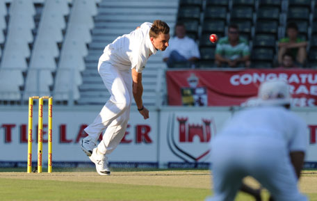 South African fast bowler Dale Steyn strikes three deadly blows to rock Pakistan on the second day of the first Test, at the Wanderers stadium, on Saturday. (AFP)