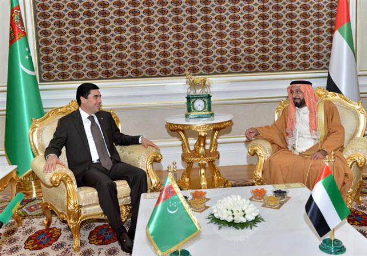 President Khalifa in talks with Turkmenistan President Gurbanguly Berdymukhammedov (WAM)