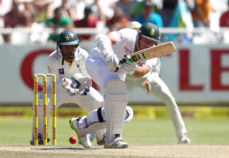 South African captain Graeme Smith plays a shot on day 4 of the 2nd Test against Pakistan at Sahara Park Newlands on February 17, 2013 in Cape Town, South Africa. (GETTY)