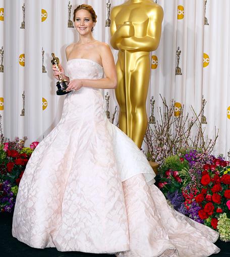 Oscar style report: Jennifer Lawrence leads - Emirates24|7