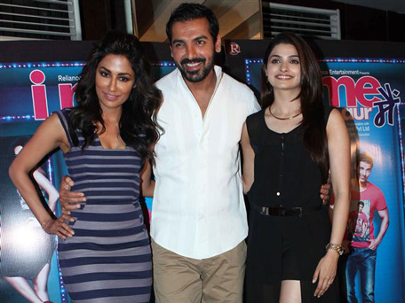 "Bollywood actor (L-R) Chitrangada Singh, John Abraham and Prachi Desai promoting their movie ""I, Me Aur Main"". (AFP)"