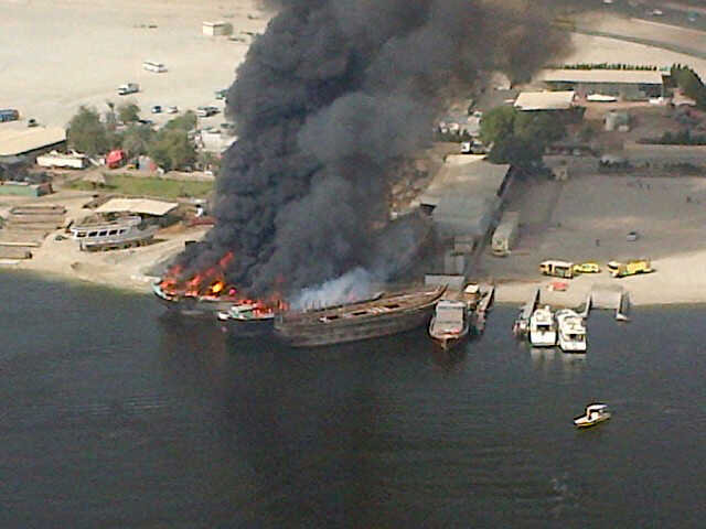Fire breaks out on boats near the Festival City in Dubai. Image courtesy Emirates 24|7 Reader on Twitter