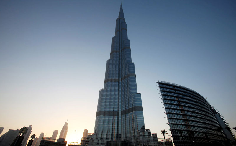Dubai jobs work at armani hotel in world 39 s tallest burj for Armani burj khalifa