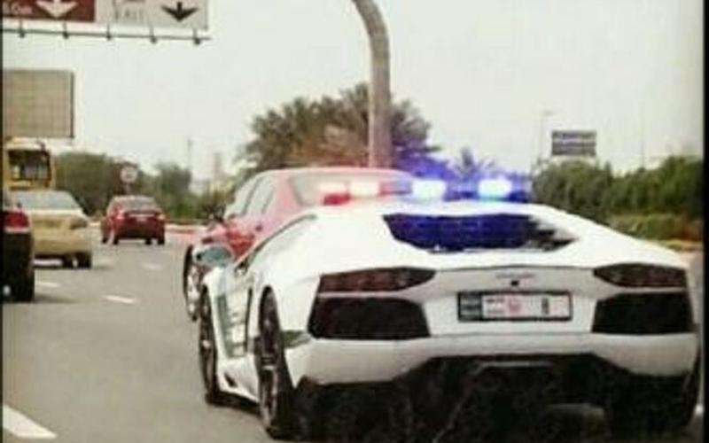 Dubai Patrol Police Get A Lamborghini Aventador Emirates
