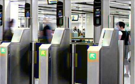 Dubai Airport Immigration In 20 Seconds Emirates 24 7