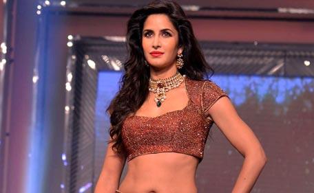 Bollywood bikini show