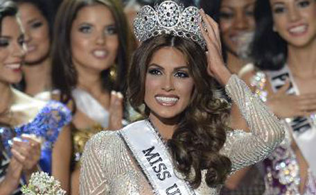 Miss Venezuela Gabriela Isler celebrates with her crown during the 2013 Miss Universe competition in Moscow on November 9, 2013 (AFP)