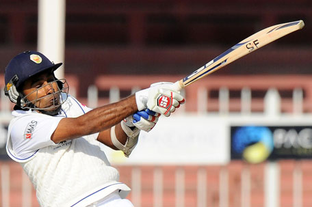 Sri Lankan batsman Mahela Jayawardene plays a shot during the opening day of the third Test match between Pakistan and Sri Lanka at the Sharjah Cricket Stadium in Sharjah on January 16, 2014. (AFP)