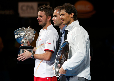 Rafael Nadal of Spain (R), Stanislas Wawrinka of Switzerland and Pete Sampras of the U.S. (C) pose during the prize ceremony after the men's singles final match at the Australian Open 2014 tennis tournament in Melbourne January 26, 2014. (REUTERS)