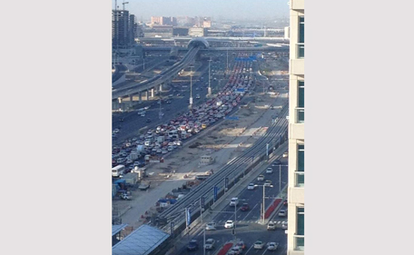 A morning accident caused massive delays from the Marina going towards Abu Dhabi. (Mark @ Twitter)