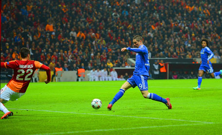 Fernando Torres of Chelsea scores the opening goal during the UEFA Champions League Round of 16 first leg match against Galatasaray AS at Ali Sami Yen Arena on February 26, 2014 in Istanbul, Turkey. (GETTY)