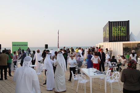 Dubai S New Beach Cans Serving Hot Foods And Flavours