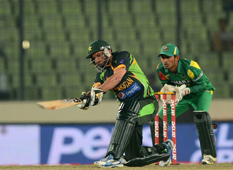 Shahid Afridi clubbed seven sixes during the Asia Cup match betwen Bangladesh and Pakistan in Mirpur on March 4, 2014. (AFP)